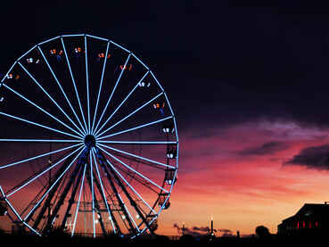night-recreation-ferris-wheel-tourist-attraction-outdoor-recreation-geographical-feature-1389135-pxhere.com